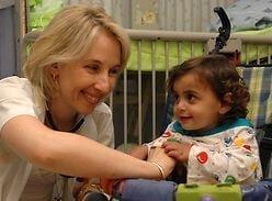 Исследование и лечение костных заболеваний подрастающего поколения в клинике Дана-Дуэк